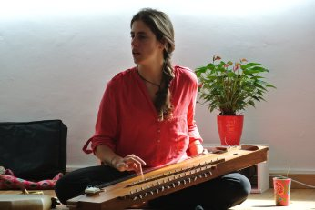 Acompañamiento de Yoga nidra. Relajacion profunda y viajes sonoros.